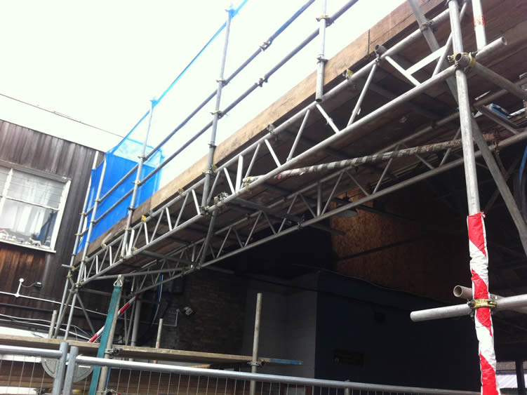 how to build a hanging scaffold